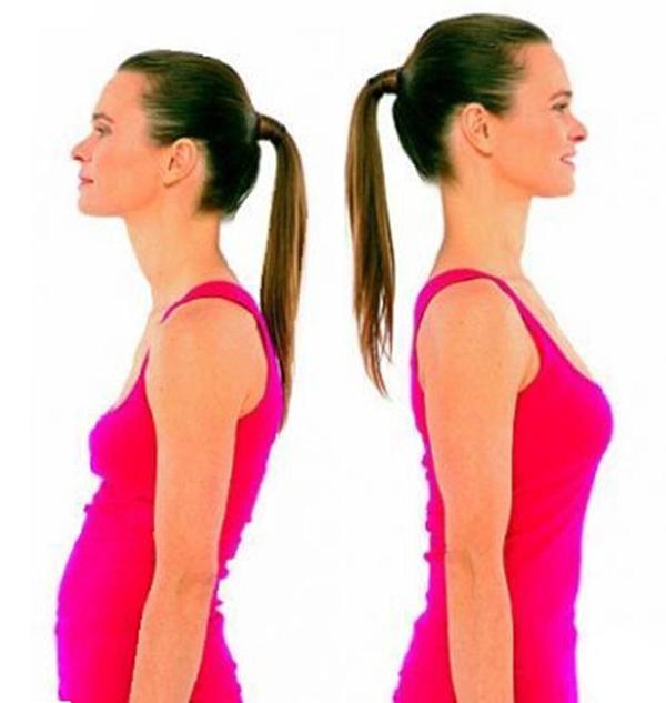 Женщина с круглой и прямой спиной