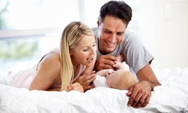 Мама, папа и малыш